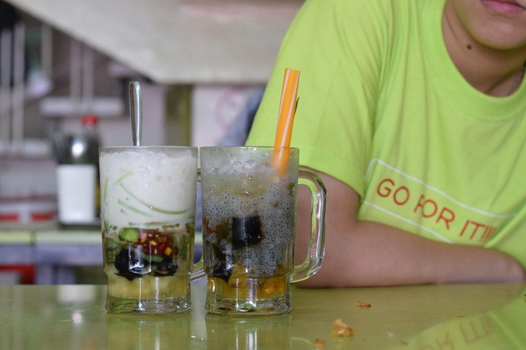 Desserts at Xoi Che Bui Thi Xuan